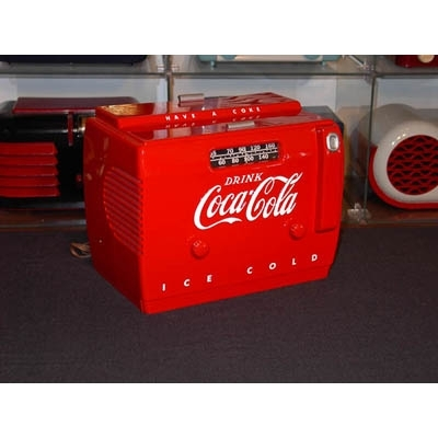 "1950 Coca-Cola ""Coke"" Chest Cooler Bakelite Radio -"