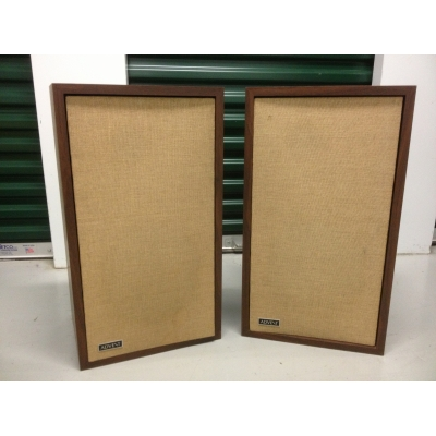 Advent Acoustic Suspension Speaker System - Brilliant Sounding 70s Vintage Two-Way System