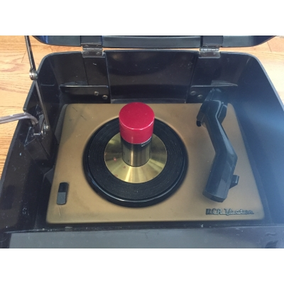 RCA Victor 45EY-3 45 RPM Record Changer - 45EY3