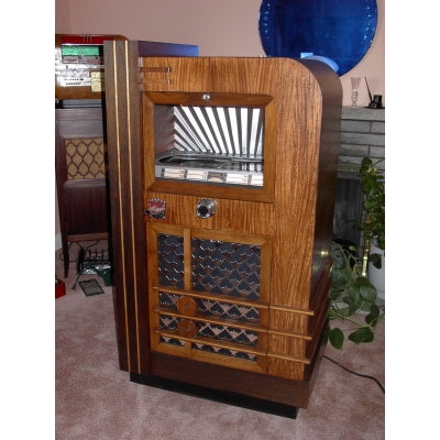 Seeburg Model D Jukebox (1936) - SD36